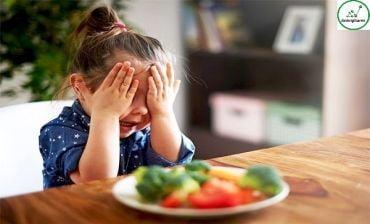 Những nguyên nhân nào khiến bé lại biếng ăn
